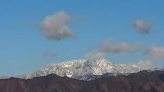 山々の雪景色です。